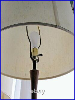 A Pair Of Mid-century Large lamps